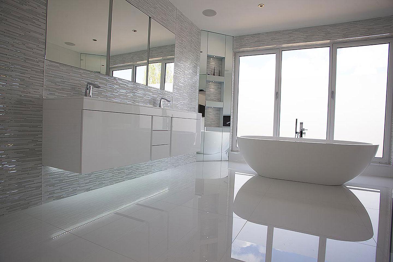 Vs Master Bathroom En Suite: Master En-suite Bathroom & Cloakroom