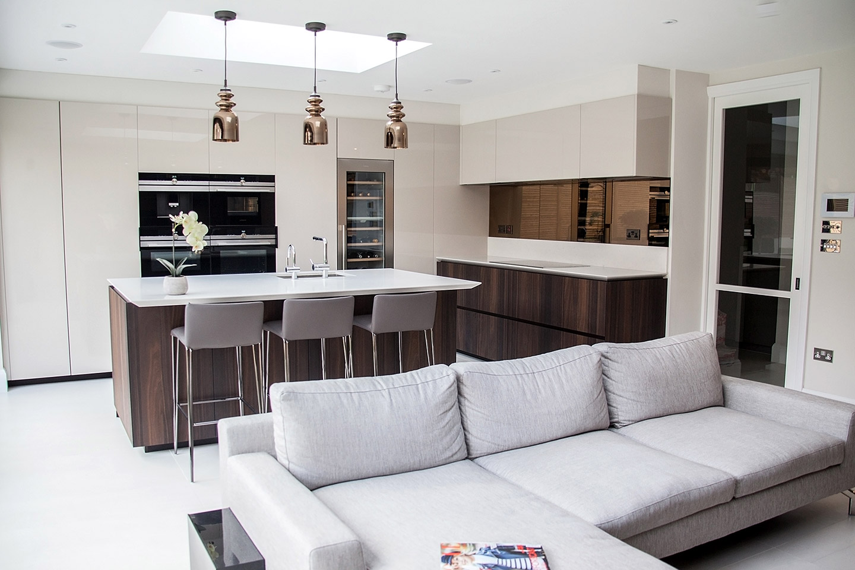 Luxury Cesar Kitchen, Extra High Gloss   Tiles & Baths Direct