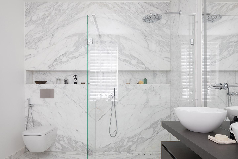 White Marble Carrara Bathroom Tiles Amp Baths Direct