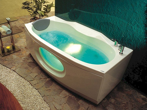 Victory Bath - was £2,229.82 NOW £999.00 + VAT