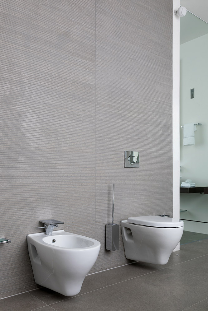 TBK Designed White & Grey Bathroom - WC