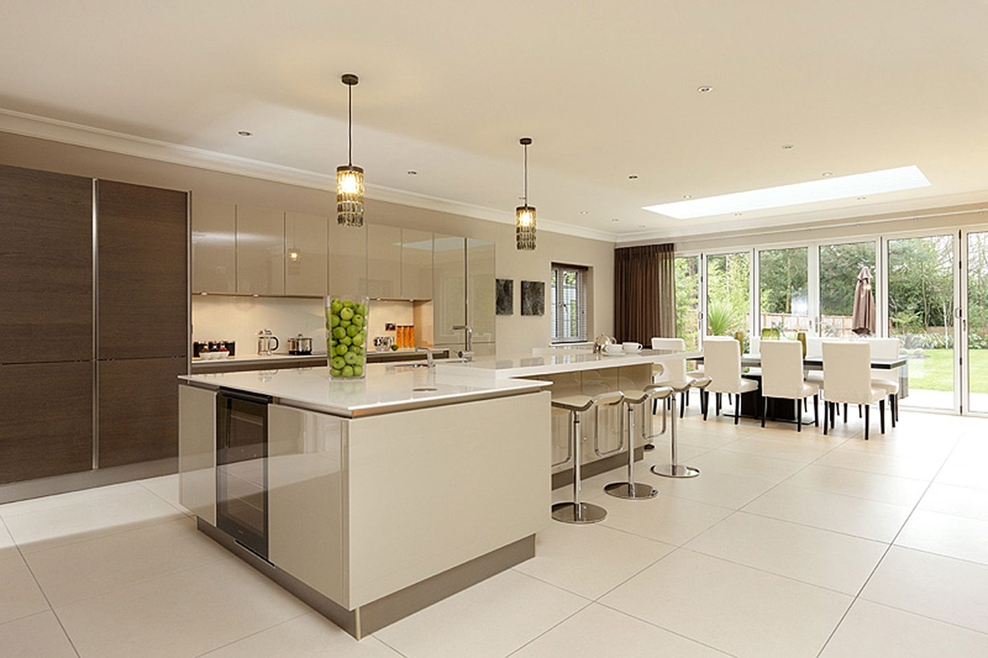 kitchen design uk luxury heywood real estate gerrards cross luxury kitchen 4599