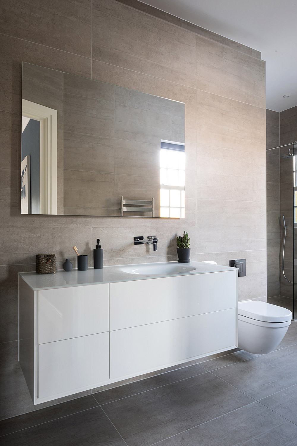 House on the Hill - Bathroom Ensuite
