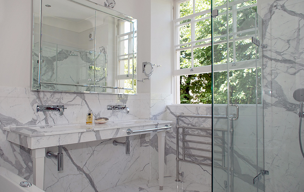 Warwick Avenue Project - Designer Bathroom by Schneider Architects